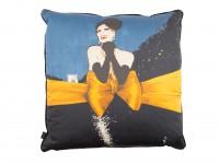 Le Défilé Cushions - Vogue